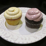 blackberry-peaches-cream-cupcakes