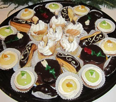 gourmet-pastry-tray