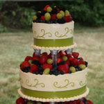 wedding-cake-fruit-topped
